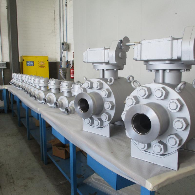 API 6A Side entry ball valve 2 piece
