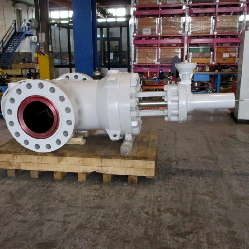 Slab through conduit gate valve