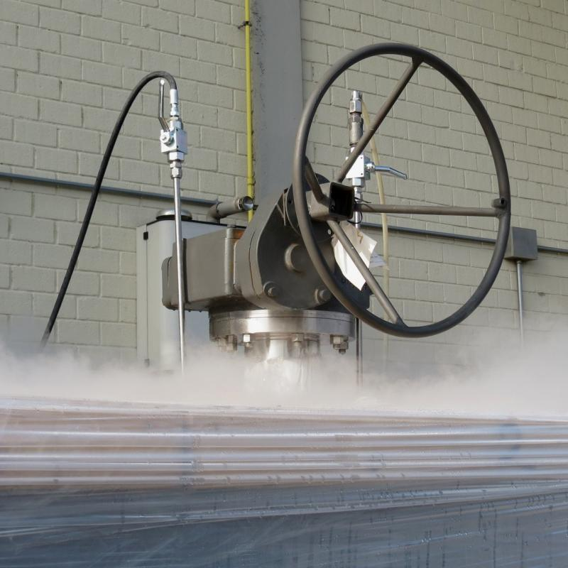 Testing cryogenic top-entry ball valves